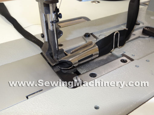 binding foot for industrial sewing machine